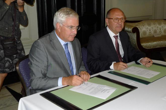 eedaflegging burgemeester Oostende Johan Vande Lanotte